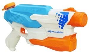 Die Nerf Super Soaker Hydro Wasserpistole wie sie ausgepackt aussieht.